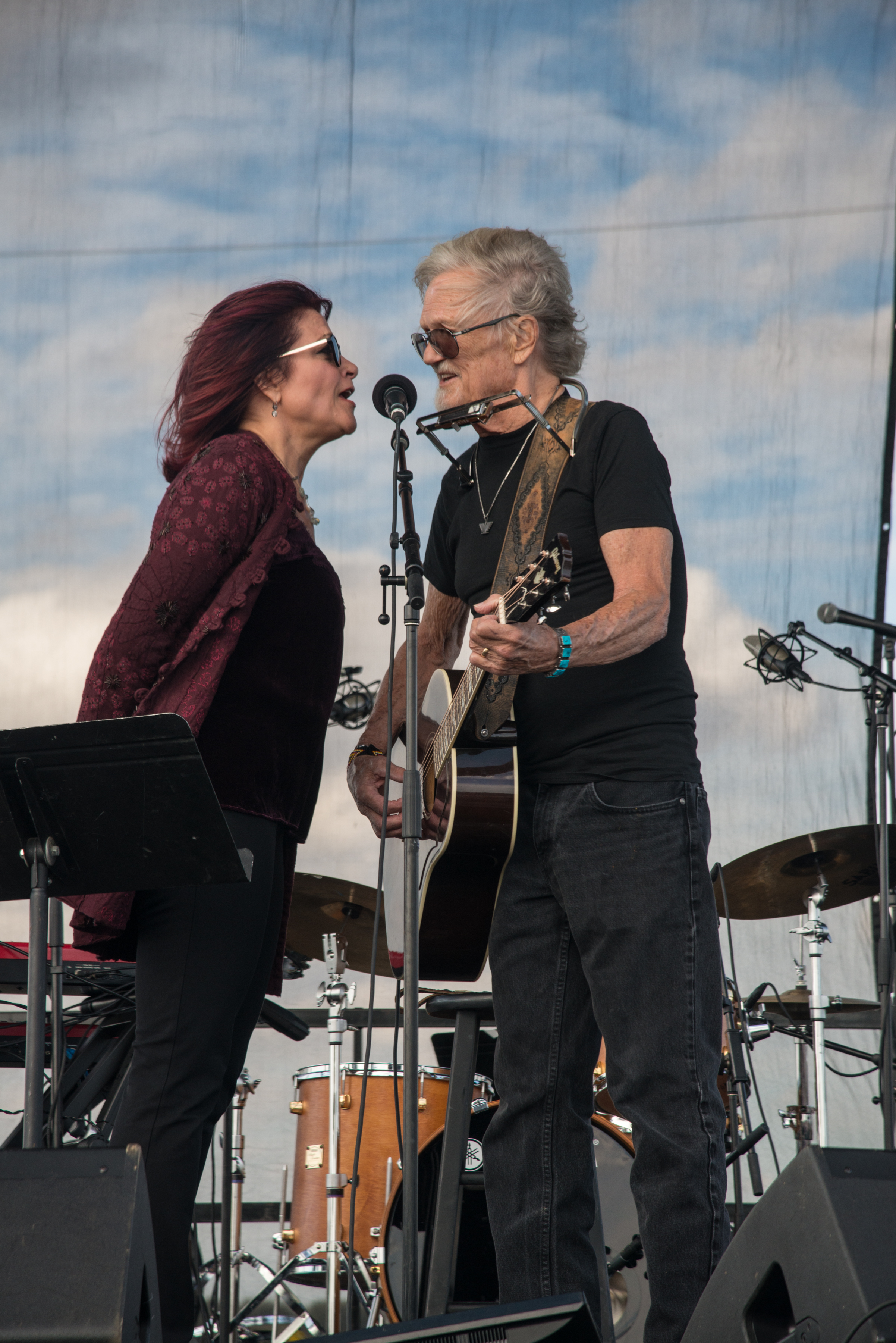 Rosanne Cash and Kris Kristofferson perform at the inaugural Johnny Cash Heritage Festival in 2017.