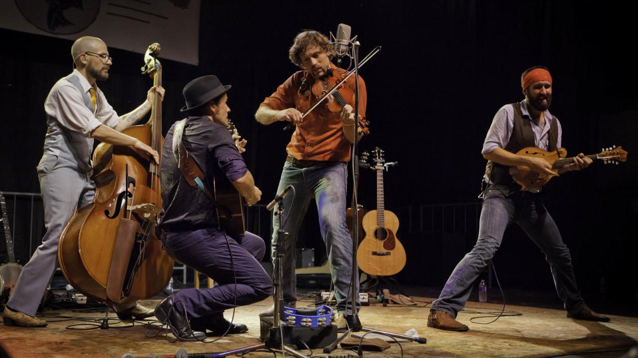 The Steel Wheels in concert in Arkansas