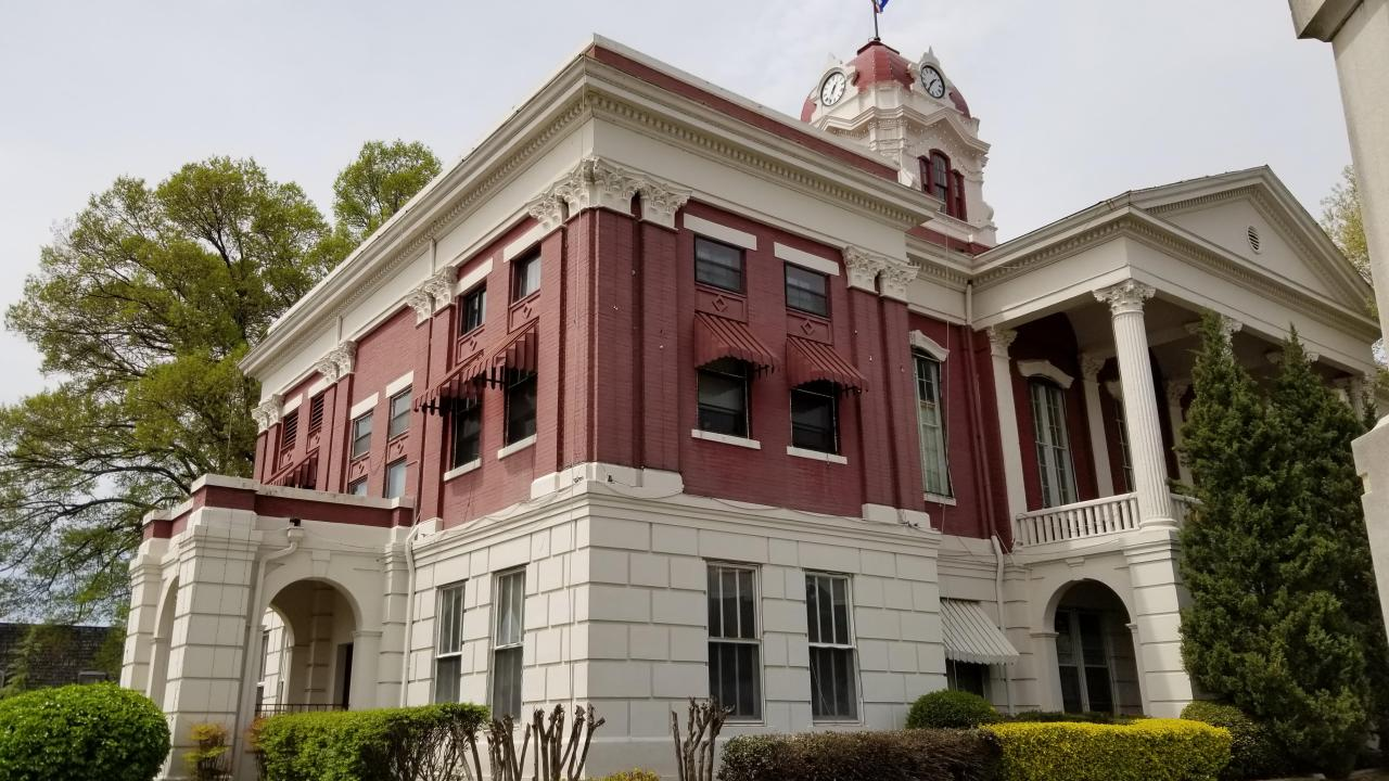 White County Courthouse in Searcy