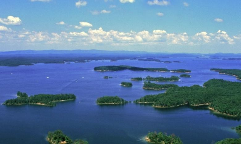 The beautiful Lake Ouachita.