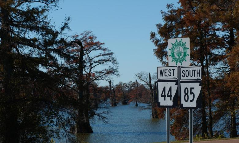 Arkansas's Great River Road follows along the Mighty Mississippi River