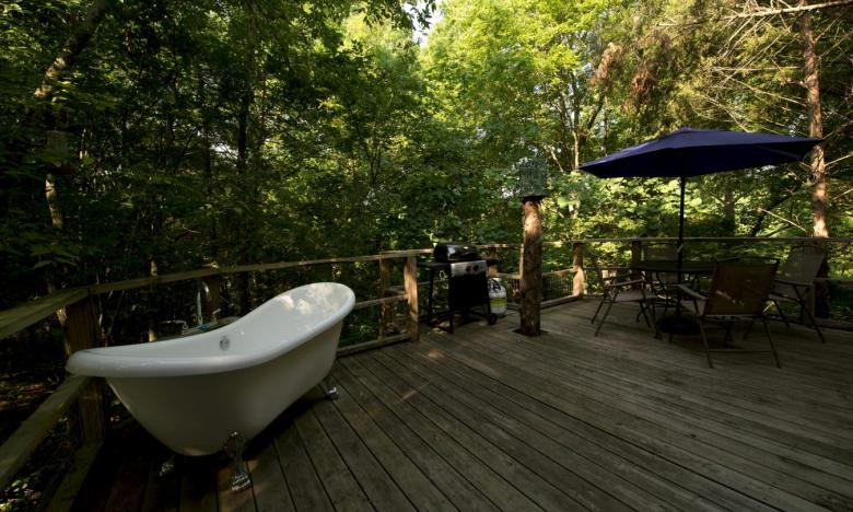 each cottage at Shady River features a soaking tub on the private deck