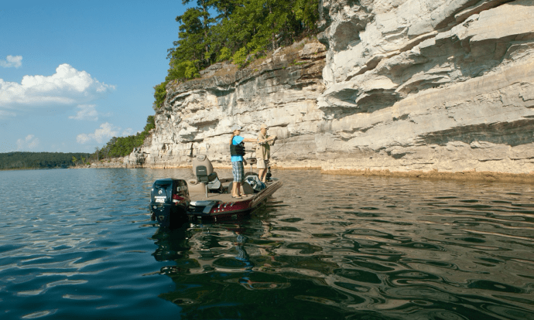 Boat fishing on Norfork Lake