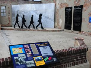 Walnut Ridge features a sculpture of the Beatles' famous crossing of Abbey Road