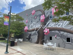Mural art on the Fayetteville square
