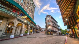 Image of downtown Eureka Springs.