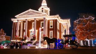 Holiday lights on the Paris, Arkansas square