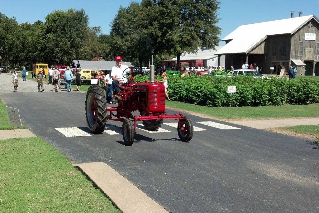 Antique_Tractor_and_Engine_Show_08082012_DP_12