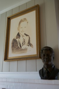 Photo of a young Bill Clinton inside the Clinton Birthplace Home National Historic Site Visitor Center. Photo by Z. Clift