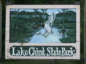 lake chicot sign